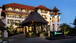 Holiday-Inn-Benoa-Bali-7